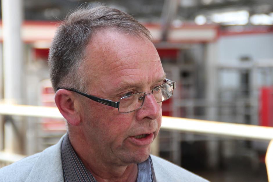 Żywienie krów w upały jest i będzie jednym z największych wyzwań przed jakimi stoją producenci mleka