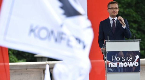 Konfederacja: UE uderza w polską wieś chcąc zakazu chowu klatkowego