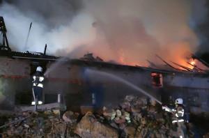 Pożar gasiło łącznie 14 zastępów strażaków, Foto: KP PSP Kartuzy