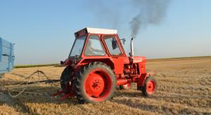 Posłuchajcie brzmienia silnika rumuńskiego ciągnika Universal 650!