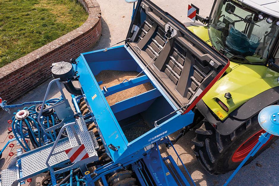 Zbiornik na nasiona Solitair 9+ Duo pomieści 1850 litrów, a jego pojemność można podzielić w zależności od potrzeb w stosunku 50/50 lub 60/40 fot. mat. prasowe
