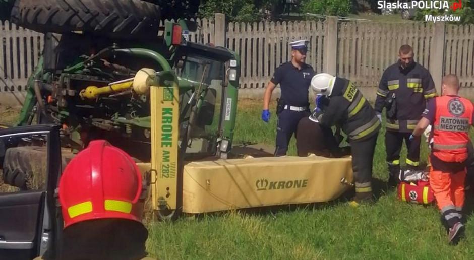 Pijany traktorzysta zawadził o słup