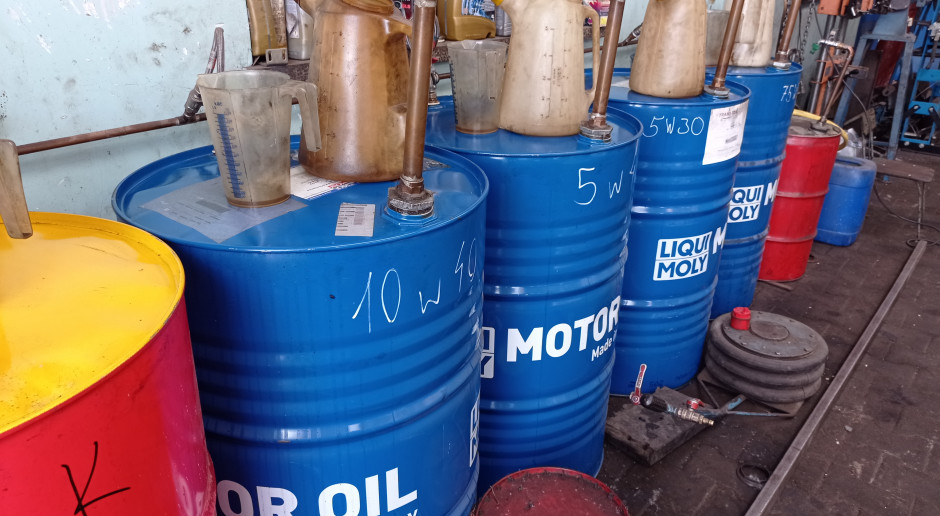 Smary i oleje  - co kupić i ile to kosztuje?