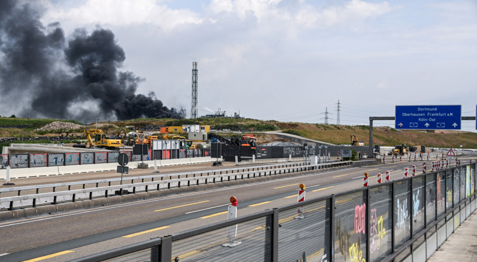 IMGW: Chmura dymu po wybuchu w fabryce chemicznej w Leverkusen może dotrzeć nad Polskę
