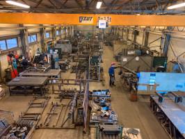 Produkcja maszyn odbywa się w zakładzie wGliwicach, który niedługo zostanie rozbudowanyś