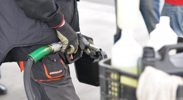 Mechanizm korygujący zwrot akcyzy za paliwo już gotowy