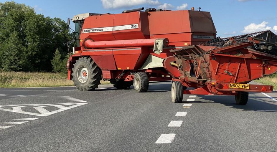 Ostrożnie - kombajny i inne maszyny rolnicze na drogach. O czym pamiętać?
