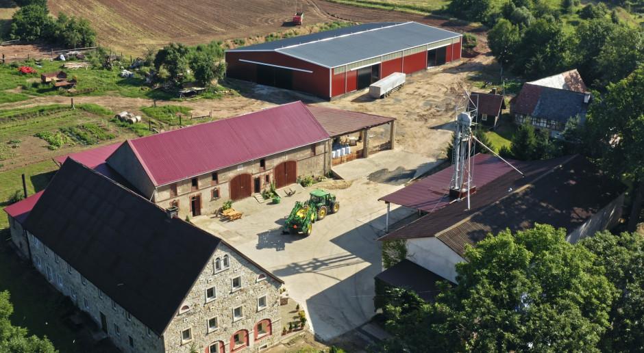 Jęczmień, rzepak, groch, 300 ha i John Deere