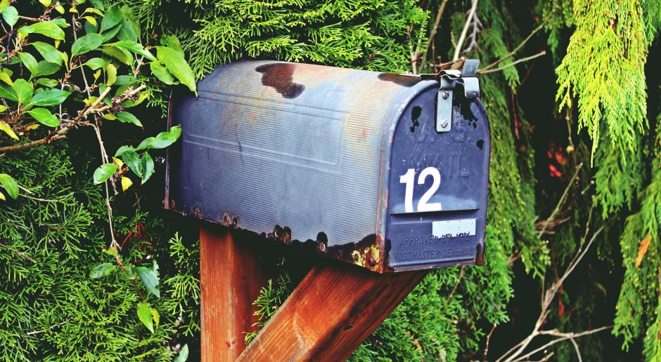 Ubywa placówek pocztowych