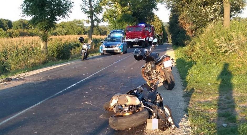 Po zderzeniu z ciągnikiem zginął motocyklista