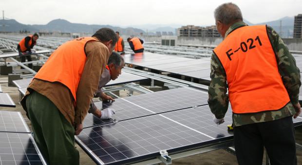 Rozpoczął się montaż 40 tys. paneli fotowoltaicznych na farmie PV Gryf