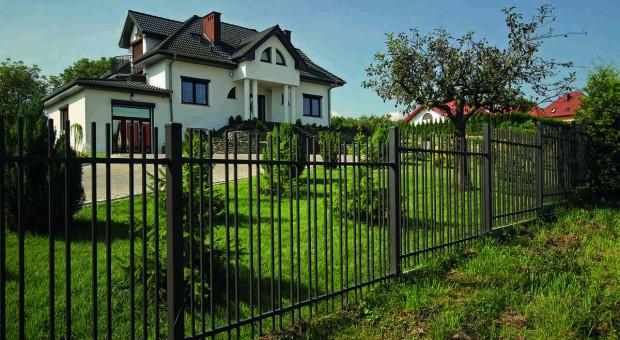Jak dobrać ogrodzenie do architektury domu?