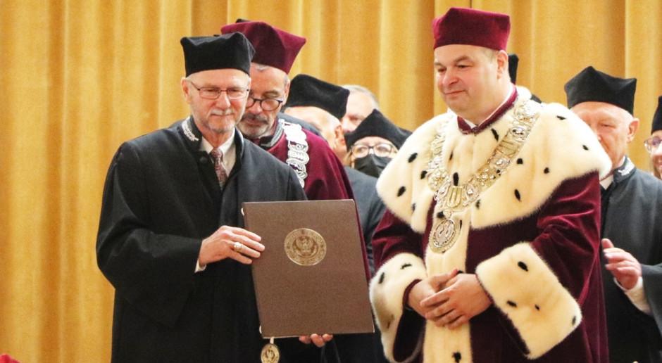 Prof. Jim Mazurkiewicz z tytułem doktor honoris causa SGGW