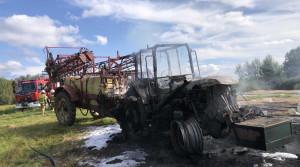 Pożar maszyny gasiły 4 zastępy strażaków, Foto: PSP Braniewo