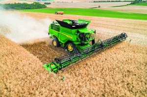 W trakcie tegorocznego Agro Show będzie można zapoznać się z pełną gamą maszyn John Deere oferowanych na naszym rynku, fot. mat. prasowe