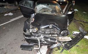 Kierowca i dwóch pasażerów jednego bmw odnieśli obrażenia, Foto: Policja