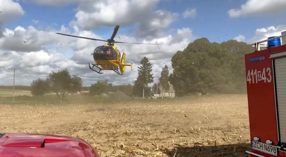 Tragedia przy zbiorze kukurydzy - rolnik stracił nogę