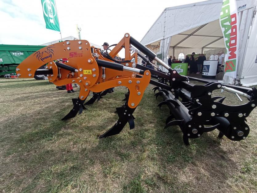 Większy z głęboszy Moro Aragri model Spider 7M-300 fot. Adam Ładowski
