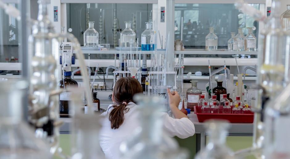 Nagrodzeni Noblem chemicy znaleźli sposób naśladowania natury