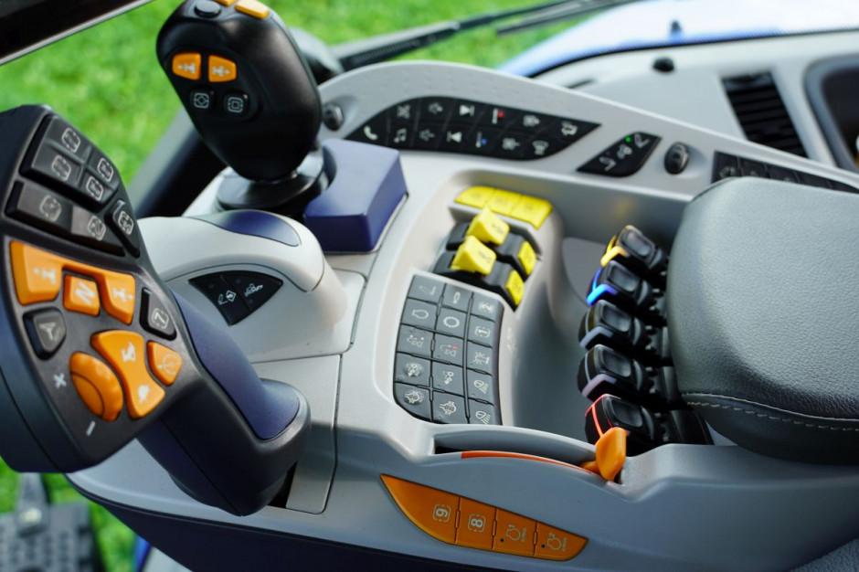 Podłokietnik New Hollanda T8 UltraCommand Genesis, fot.kh