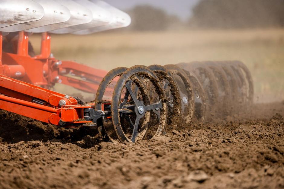 Konstrukcja wału i pierścieni pozwala na zagęszczenie podglebia i przygotowanie pola pod siew fot. mat. prasowe