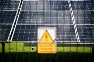 Prosumenci z podłączoną fotowoltaiką nie stracą 15-letniej gwarancji rozliczania prądu